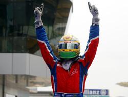 """Horner: """"Luiz Razia verdient een kans in de Formule 1"""""""