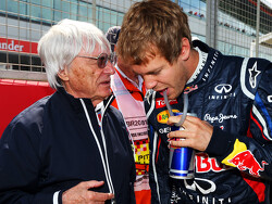 'Supermarket boss being lined up to replace Ecclestone'