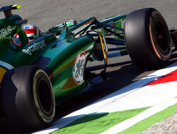 Caterham extends Renault partnership for three more years