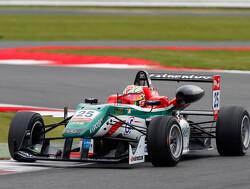 Fuoco verruilt de Formule 3 voor GP3-stoeltje bij Carlin