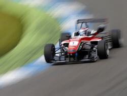 Tech 1 Racing roept Nicholas Latifi op