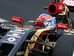 Grosjean speaks before his turn on new Lotus deal