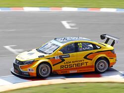 Honda signs Huff as Tarquini replacement