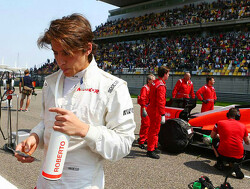 Good form sees Merhi cling on to Manor seat
