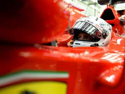 Vettel doorbreekt dominantie van Mercedes en pakt pole in Singapore