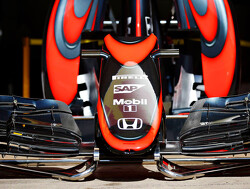 Button en Turvey testen voor McLaren in Spanje