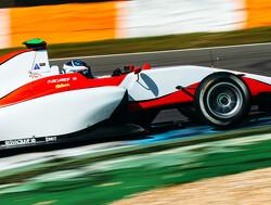 Janosz de snelste, De Vries net in top tien