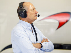 Ron Dennis to sell his McLaren shares