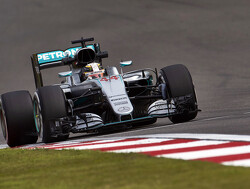 FP2: Hamilton turns the tables, Vettel in trouble
