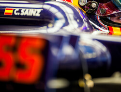 Sainz looking forward to Macau-esque Baku