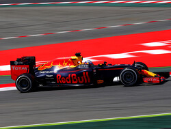 FP2: Red Bull Racing strong as Ferrari struggles