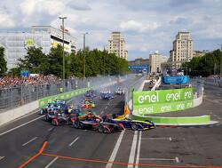 Buemi pakt pole voor ePrix Londen, Frijns buiten top tien