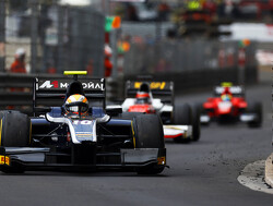 Artem Markelov and Daniel de Jong take grid penalties