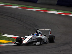 Matthew Parry wins first GP3 race
