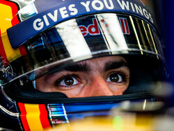 Carlos Sainz flattered by Ferrari and Renault interest