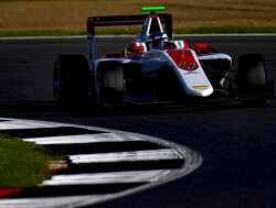 Nyck De Vries takes pole in Hungary for race one