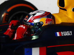 Pierre Gasly wins to bring title fight to the wire