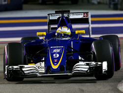"Sauber set to take ""funded"" drivers in 2017"
