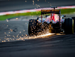 Renault engine fails after six laps at Toro Rosso filming day