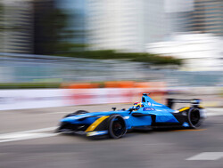 Sebastian Buemi ends FP1 on top
