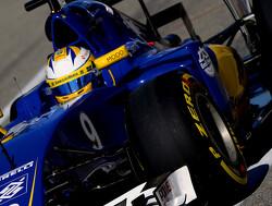 Sauber retain Marcus Ericsson