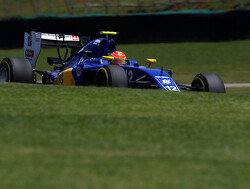 Sauber stay not guaranteed for Felipe Nasr
