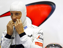 Button to replace Vandoorne for 2018?