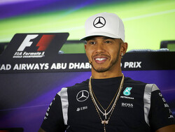 Damon Hill scoffs at Lewis Hamilton quit rumours