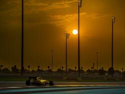 Kwalificatie: Lewis Hamilton naar pole, Max Verstappen start als zesde