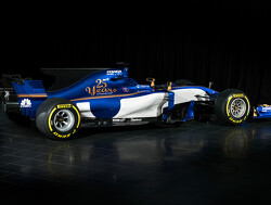 Sauber starts new F1 season as backmarker