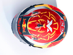 Vandaag presenteert Max Verstappen zijn helm voor 2020