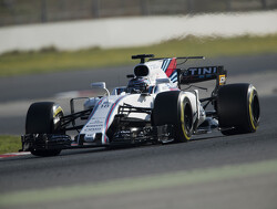 Williams can win despite being customer team - Lowe