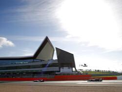 Vips zet pole om in zege tijdens derde race op Silverstone