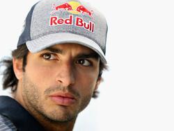 "Carlos Sainz: ""Top teams are light years ahead"""