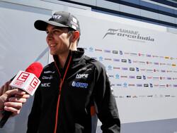 Force India zou Esteban Ocon naar Mercedes laten vertrekken