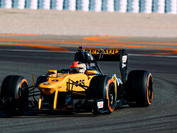 "Kubica appreciates ""emotional"" test with Renault"