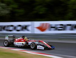Gunther wins dramatic Race 1 at Norisring