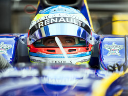 Rowland sees himself as second favourite for Renault seat