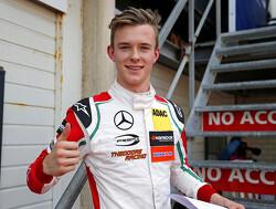Ilott pakt pole position, Norris op koers voor de titel