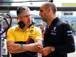"Renault aiming to finish ""rollercoaster season on a high"""