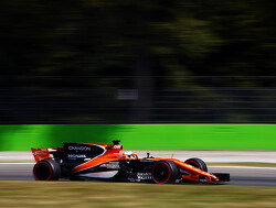 Brown confirms McLaren will make decision over engine deal next week