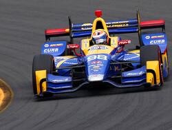 Rossi en Andretti wisselen van startnummer