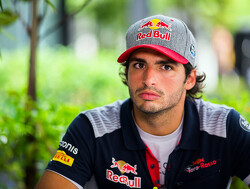 Sainz admits surprise at early Toro Rosso departure