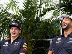 """Verstappen: """"Ik denk dat Ricciardo weet welke kant het op zou gaan"""""""