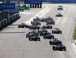 Daniel Ticktum wint doldwaze Macau Grand Prix