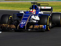 Leclerc en Celis rijden meer dan 100 ronden bij Pirelli-test