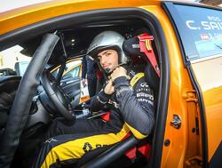 Sainz vermaakt zich op proef van de Monte Carlo Rally