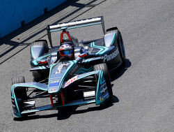 Jaguar star takes Formula E to the Brits