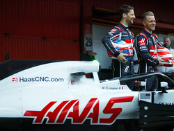 Haas retains Grosjean and Magnussen for 2019