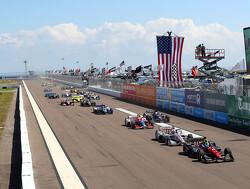Josef Newgarden wint spannende race in Phoenix